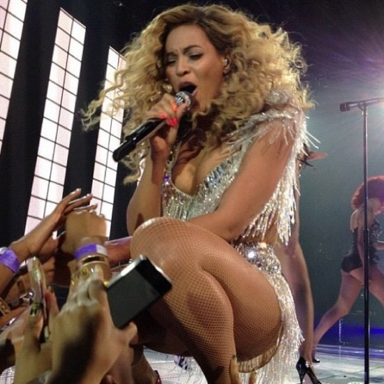 beyonce-first-revel-performance