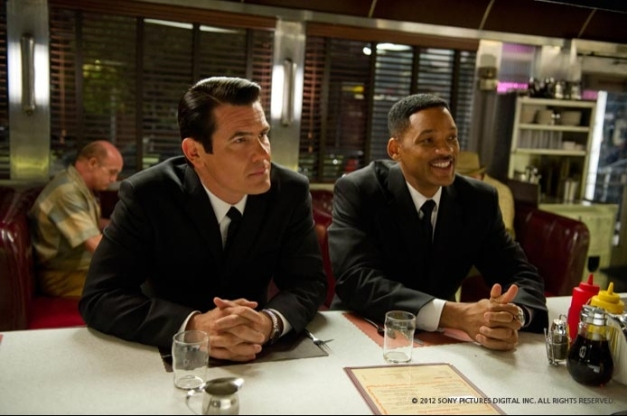 will-smith and josh-brolin in MIB 3